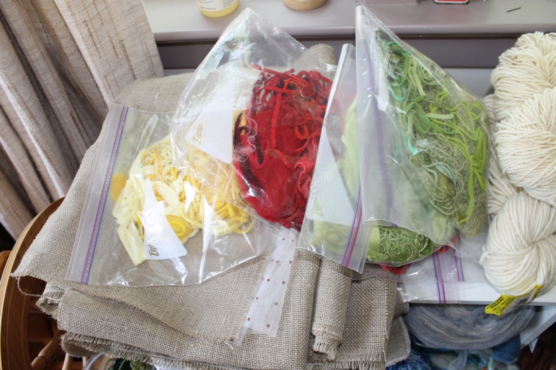 dyed fibre for kits